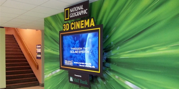 Buffalo Museum of Science : 3D Cinema Display